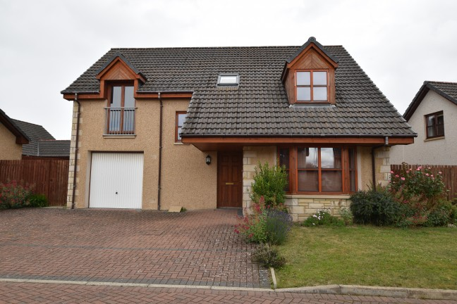 Leonach Crescent, Elgin